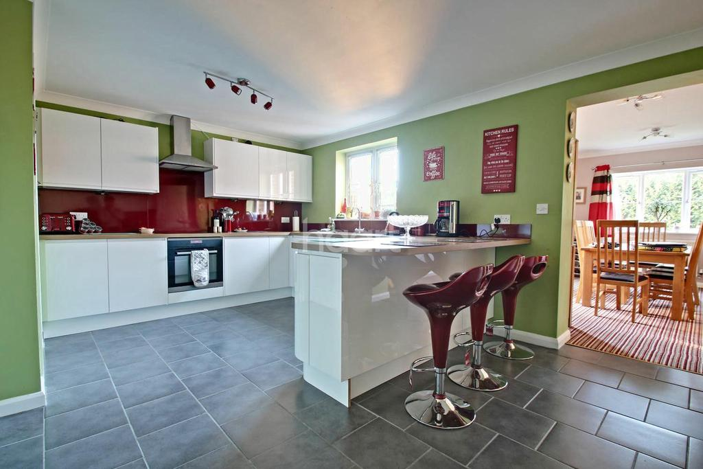 5 Bedrooms Detached House for sale in Shire Close, Billinghay