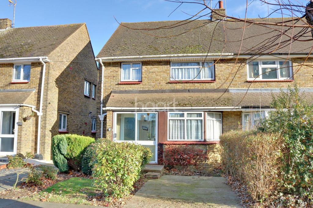 3 Bedrooms Semi Detached House for sale in Norwich Avenue, Southend On Sea