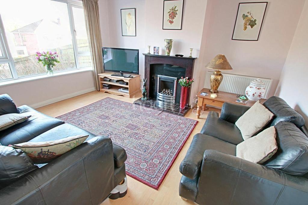 4 Bedrooms Semi Detached House for sale in Alanbrooke Avenue, Malpas, Newport