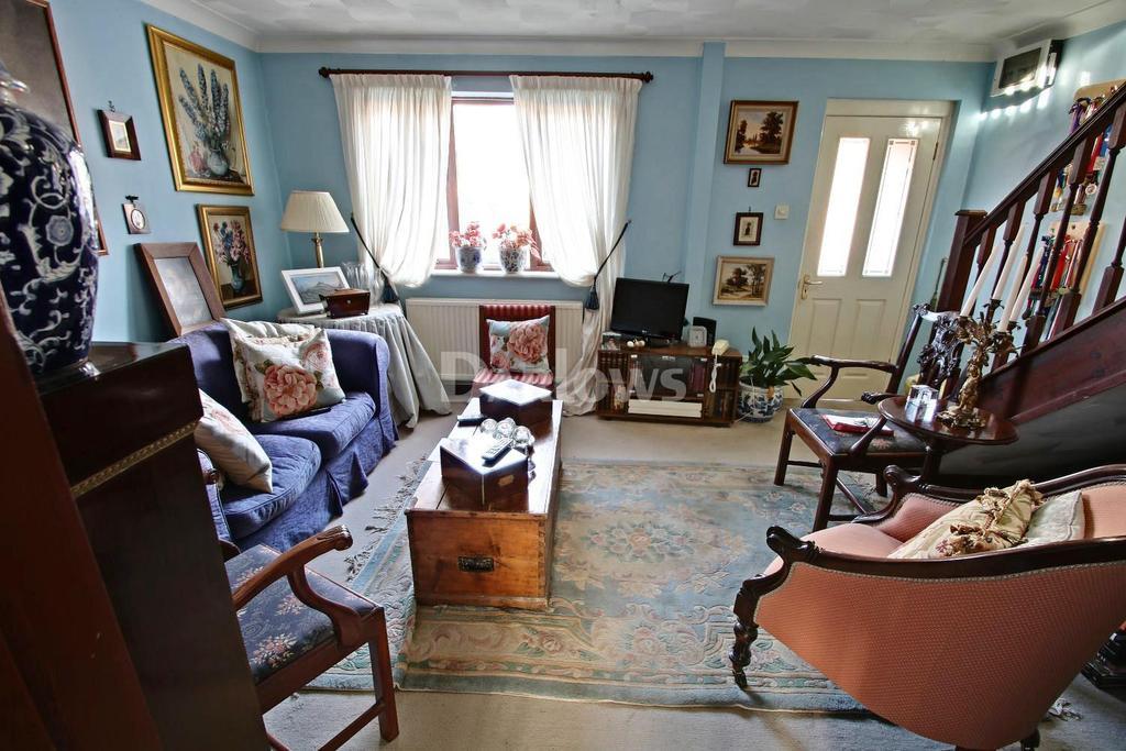 3 Bedrooms Semi Detached House for sale in Ger Yr Afon , Coed Y Cwm