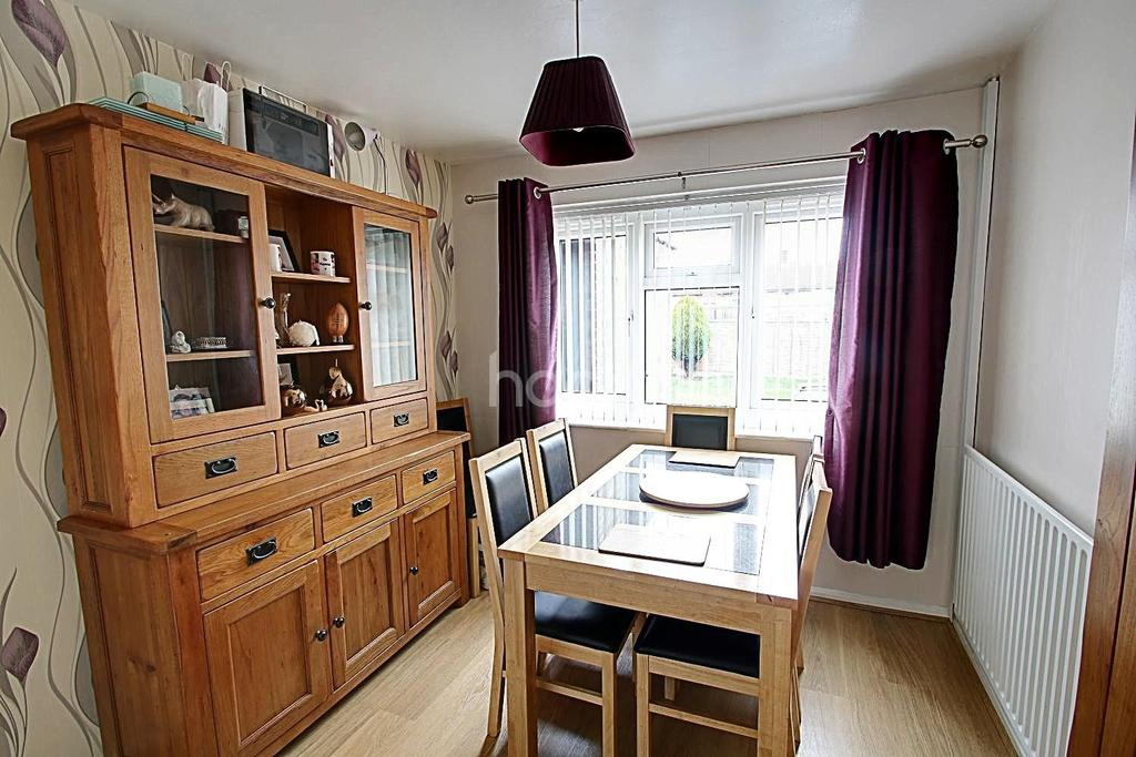 3 Bedrooms Terraced House for sale in Potter Field, Harlow