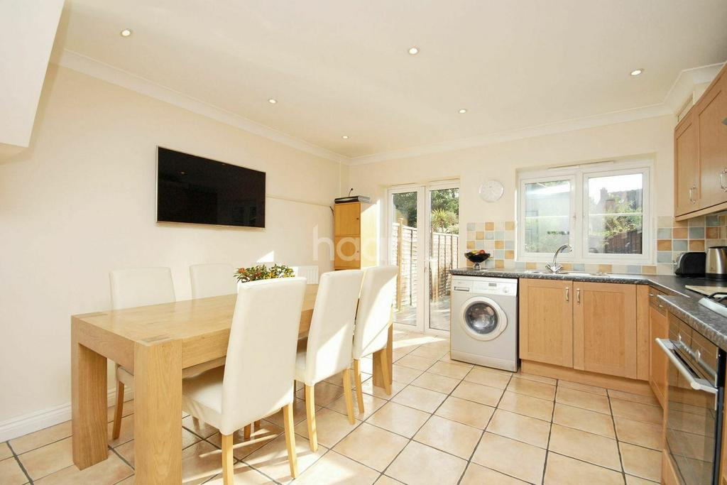 4 Bedrooms Terraced House for sale in Rutlish Road, Wimbledon, SW19