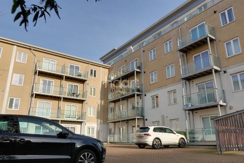 1 bedroom flat for sale - Brunel House, St James Road, Brentwood.