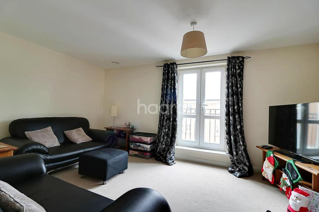 1 Bedroom Flat for sale in Brunel Crescent, Swindon, Wiltshire