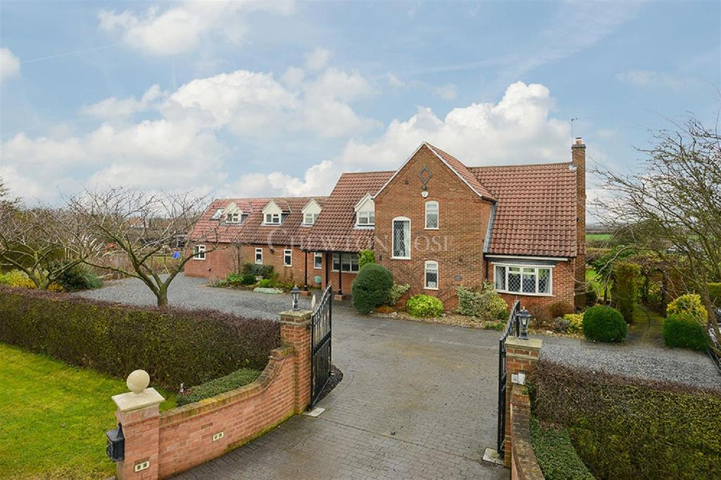 5 Bedrooms Detached House for sale in Normanton, Bottesford, Nottingham