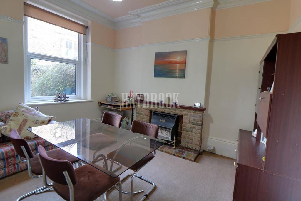 6 Bedrooms Semi Detached House for sale in Watson Road, Broomhill, S10 2SD