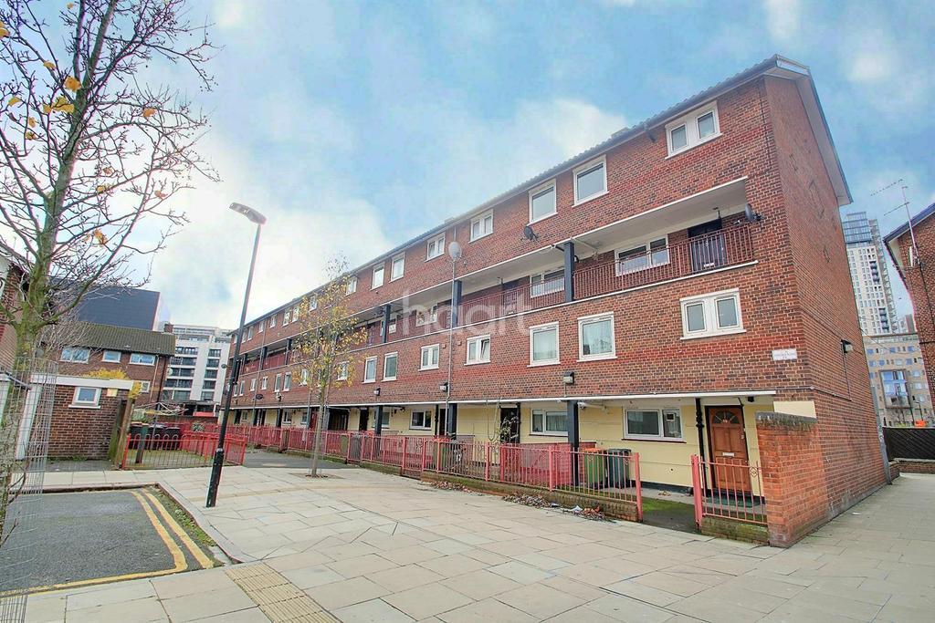 3 Bedrooms Maisonette Flat for sale in Oxford Road, Stratford, London, E15