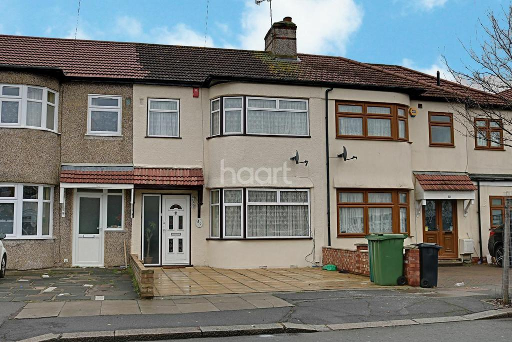 3 Bedrooms Terraced House for sale in Rushden Gardens, Clayhall