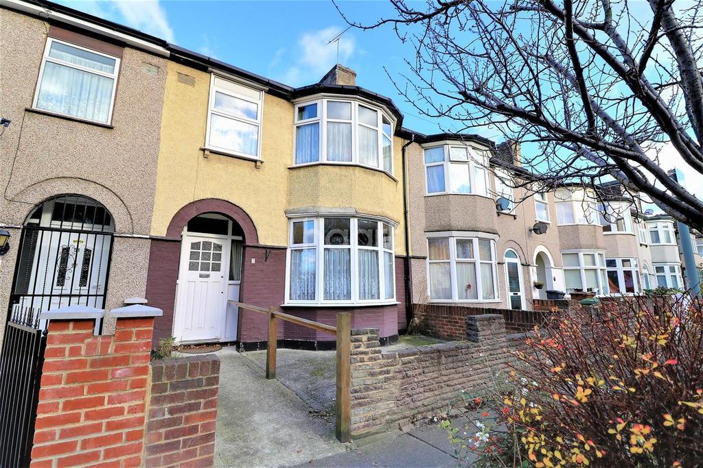 3 Bedrooms Terraced House for sale in Sherwood Gardens, Barking, Essex