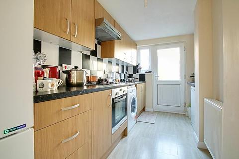 2 bedroom terraced house for sale - Verulam Way, Cambridge
