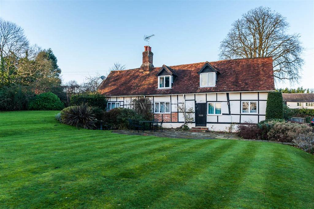 3 Bedrooms Cottage House for sale in Taplow