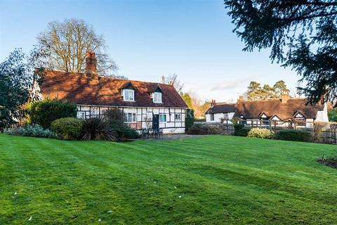 3 bedroom cottage for sale - Taplow
