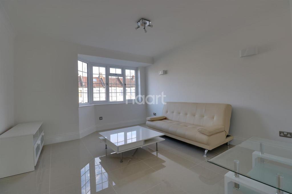 2 Bedrooms Flat for sale in Byron Court , Osbourne Road CR7