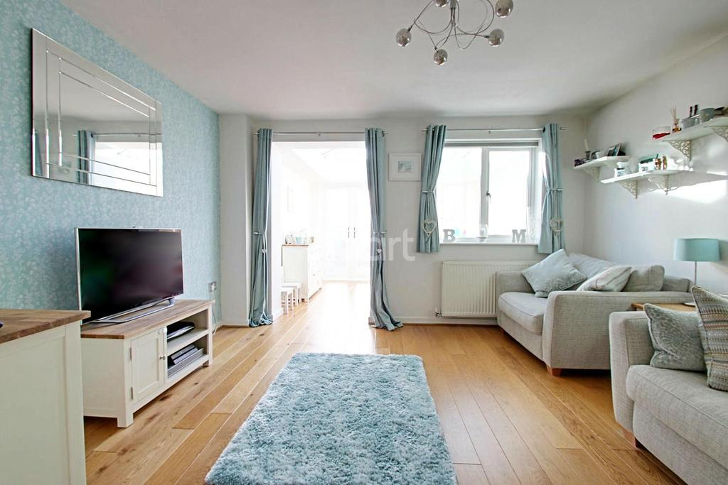 2 Bedrooms Terraced House for sale in Ragstone Fields, Maidstone, Kent, ME17