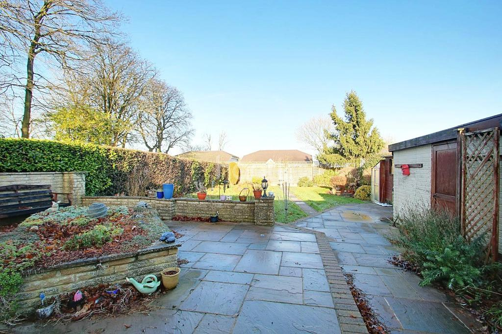 2 Bedrooms Bungalow for sale in Church Road, Biggin Hill
