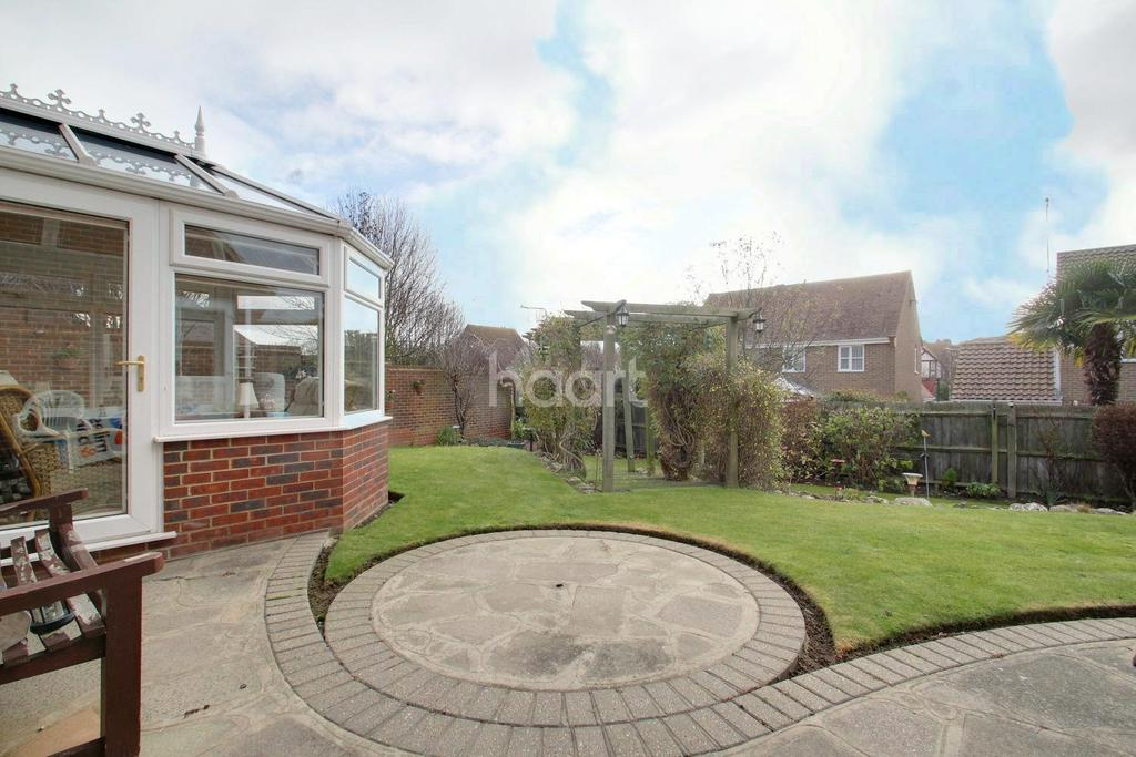4 Bedrooms Detached House for sale in Broadstairs