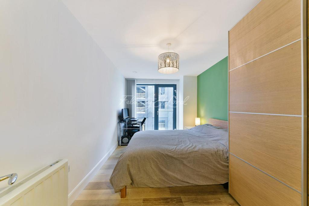 2 Bedrooms Flat for sale in Omega Works, E3