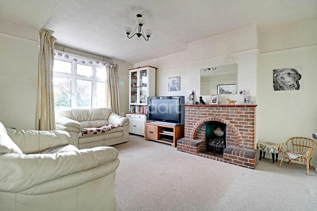 3 Bedrooms Semi Detached House for sale in Stoughton, Guildford, Surrey
