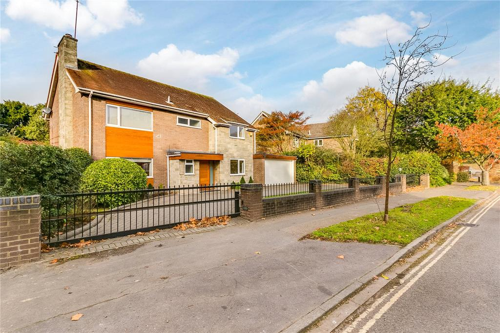 4 Bedrooms Detached House for sale in Cedar Heights, Richmond