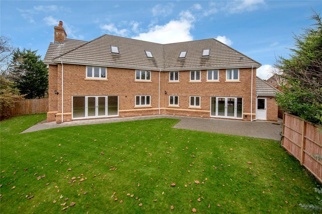 6 Bedrooms Detached House for sale in Gordons Close, Taunton, Somerset