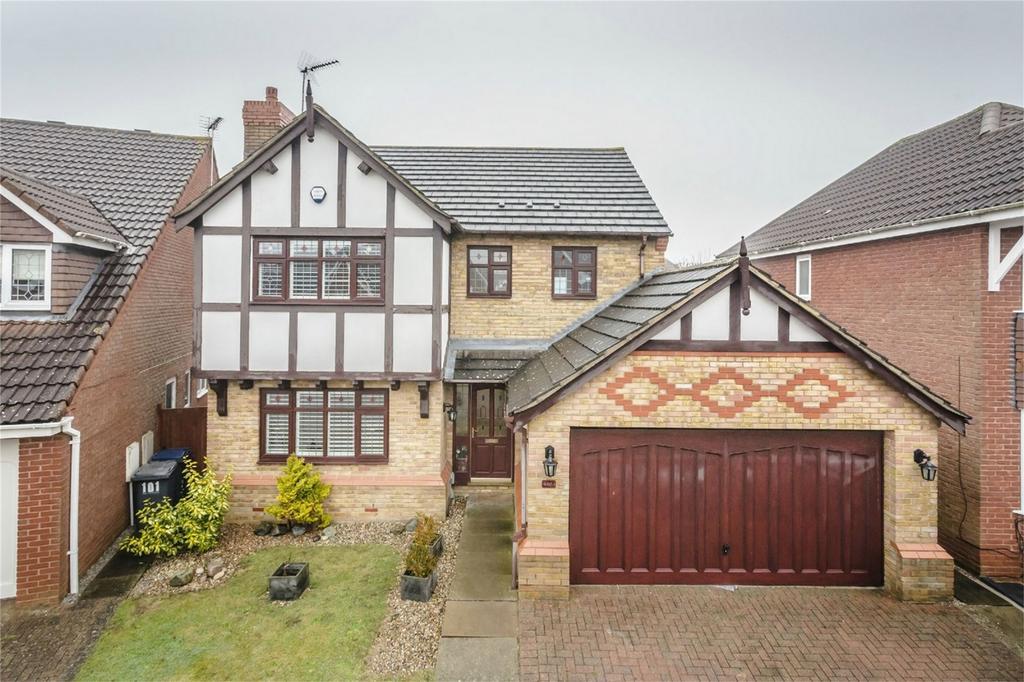 4 Bedrooms Detached House for sale in The Thatchers, BISHOP'S STORTFORD, Hertfordshire