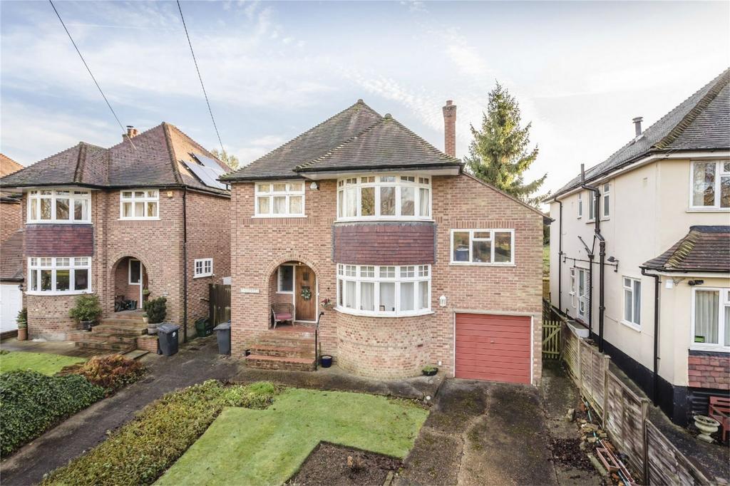 4 Bedrooms Detached House for sale in Cricketfield Lane, BISHOP'S STORTFORD, Hertfordshire