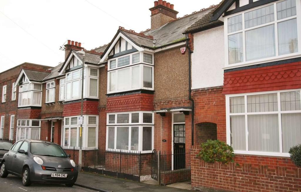 3 Bedrooms Terraced House for sale in Stanhope Road, Deal