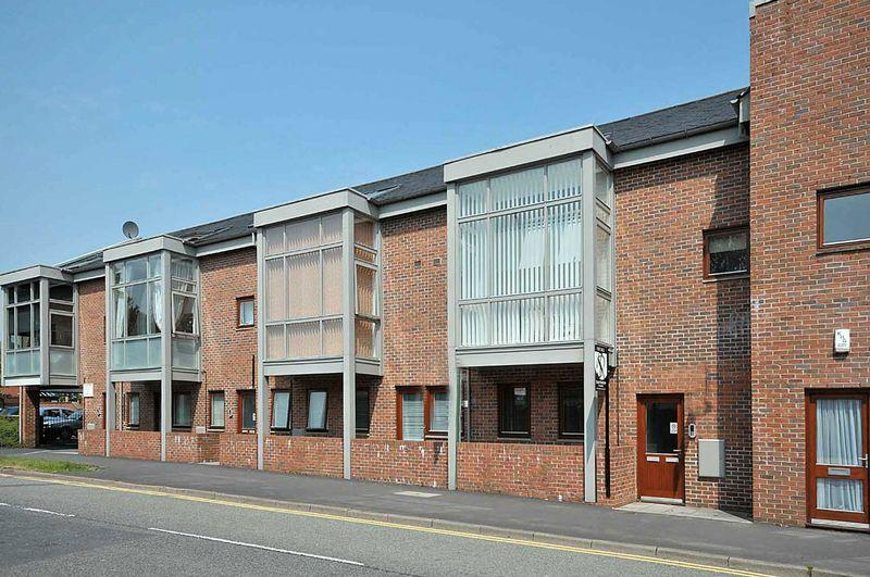 2 Bedrooms Apartment Flat for sale in Duplex apartment in central Knutsford