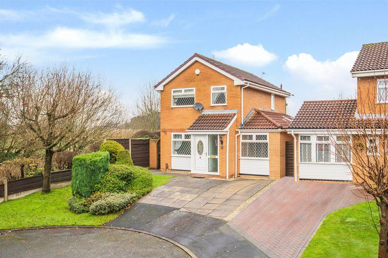 3 Bedrooms Detached House for sale in Lockerbie Close, Warrington