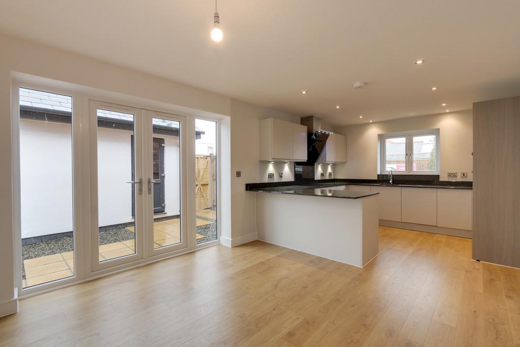 4 Bedrooms Detached House for sale in Cedar Court, Rockbeare