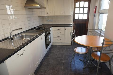 3 bedroom terraced house to rent - Fairlight Place, BRIGHTON BN2