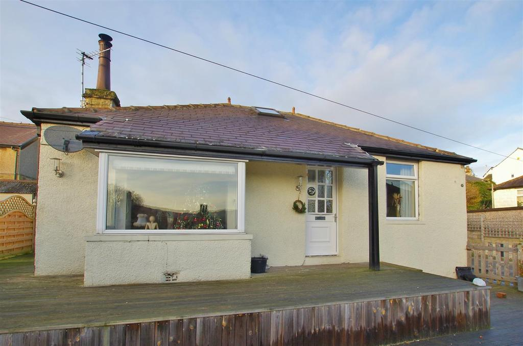2 Bedrooms Detached Bungalow for sale in Sunnybank Drive, Greetland