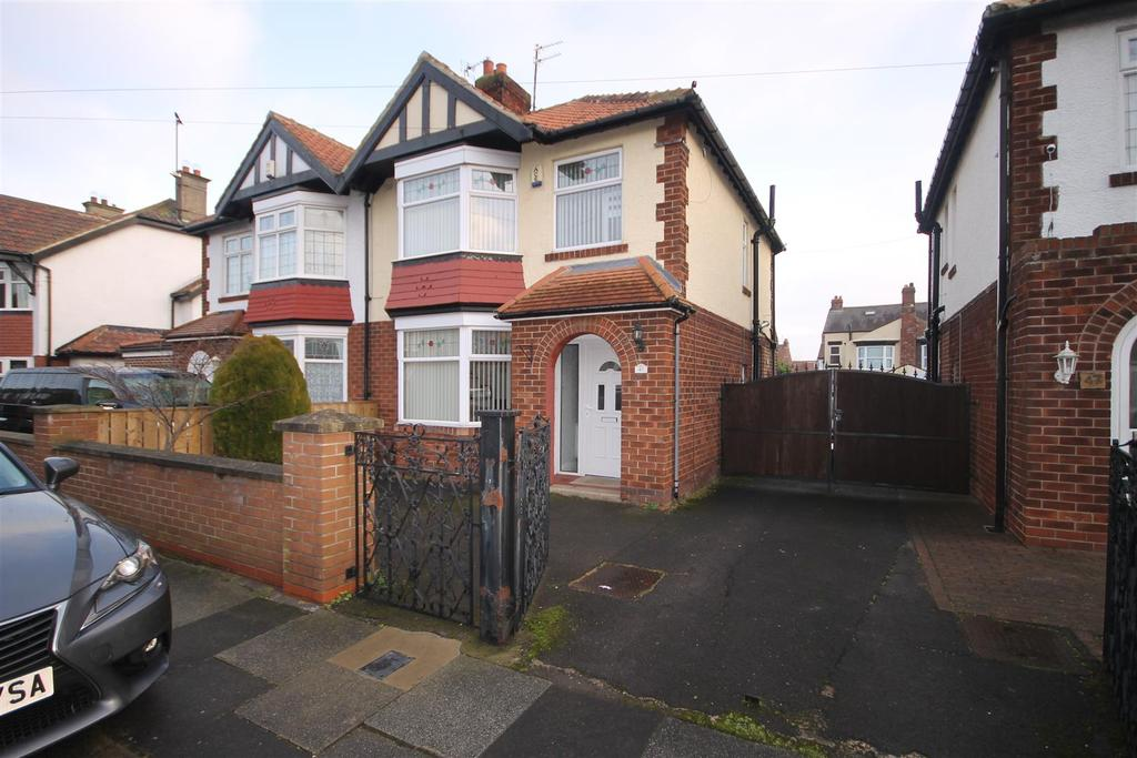 3 Bedrooms Semi Detached House for sale in Tunstall Avenue, Hartlepool