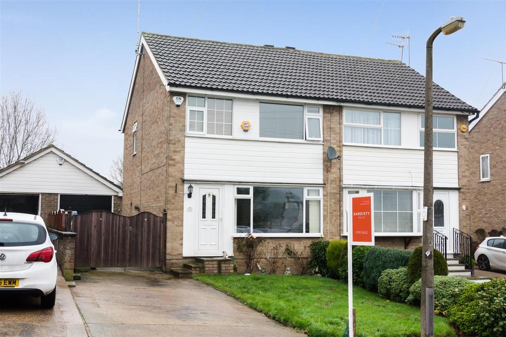 3 Bedrooms Semi Detached House for sale in Leamington Drive, Idle