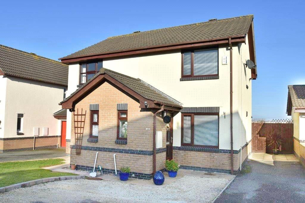 2 Bedrooms Semi Detached House for sale in Meadowside, Newquay