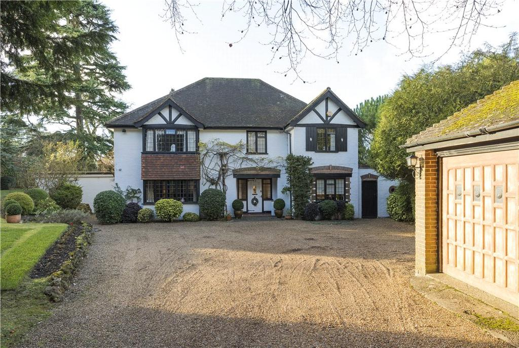 4 Bedrooms Detached House for sale in Beech Avenue, Effingham, Leatherhead, Surrey, KT24