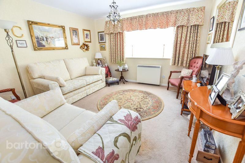 2 Bedrooms Apartment Flat for sale in Reneville Court, Moorgate