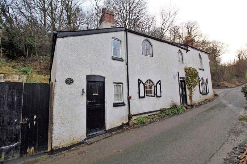 2 Bedrooms Detached House for sale in Birch Hill, Llangollen