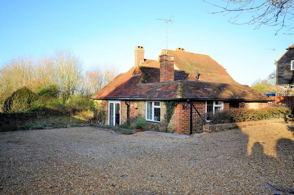 3 Bedrooms House for sale in Hurtmore Road, Hurtmore
