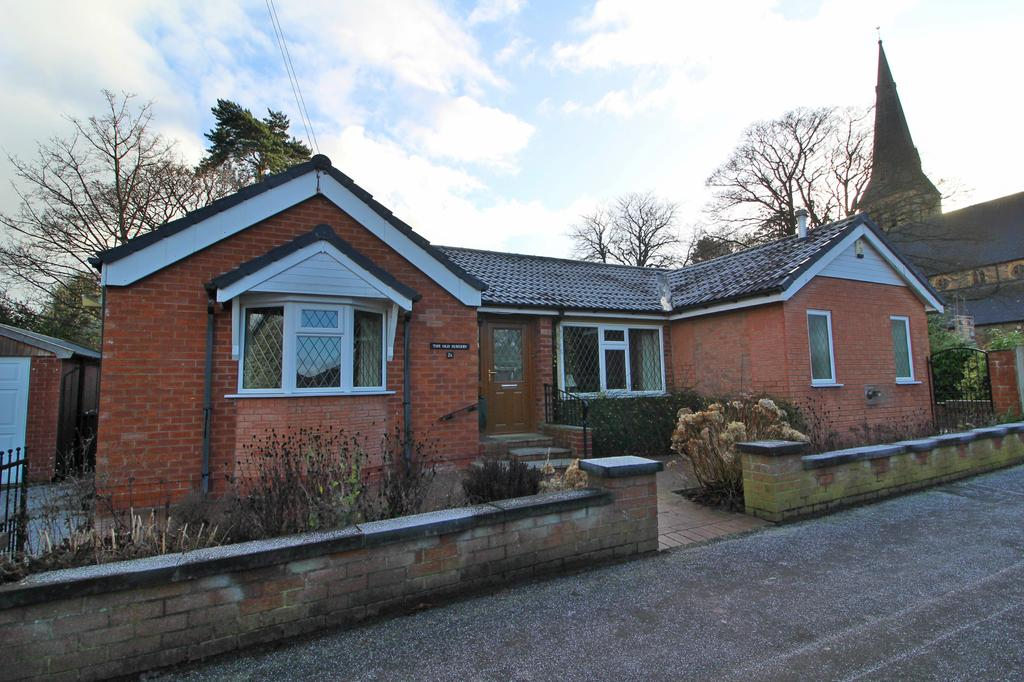 2 Bedrooms Detached Bungalow for sale in POYNTON ( BURTON DRIVE )