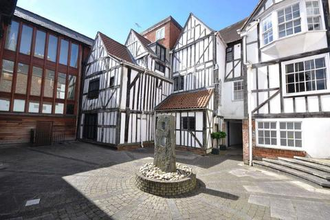2 bedroom apartment to rent - Talbot Court, Low Petergate, York