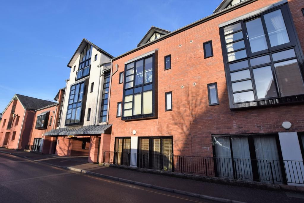 2 Bedrooms Apartment Flat for sale in Tudor Street, Exeter, EX4