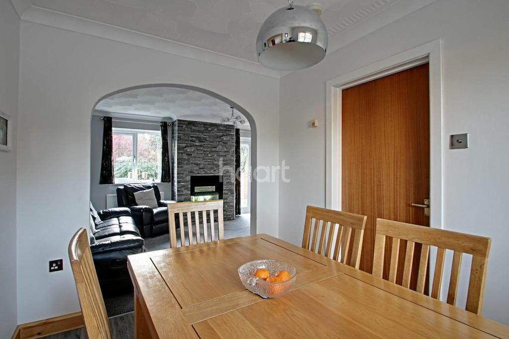 3 Bedrooms Detached House for sale in Isle Road, Outwell