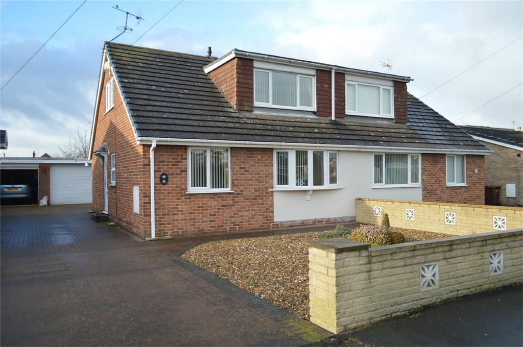 3 Bedrooms Semi Detached Bungalow for sale in 8 Adeliza Garth, Acklam Road, Hedon