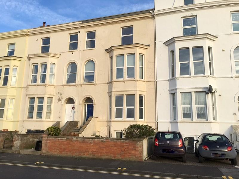 1 Bedroom Flat for sale in Esplanade, Burnham-On-Sea