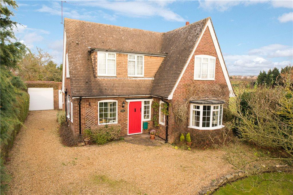 3 Bedrooms Detached House for sale in Lovell Road, Oakley, Bedford, Bedfordshire