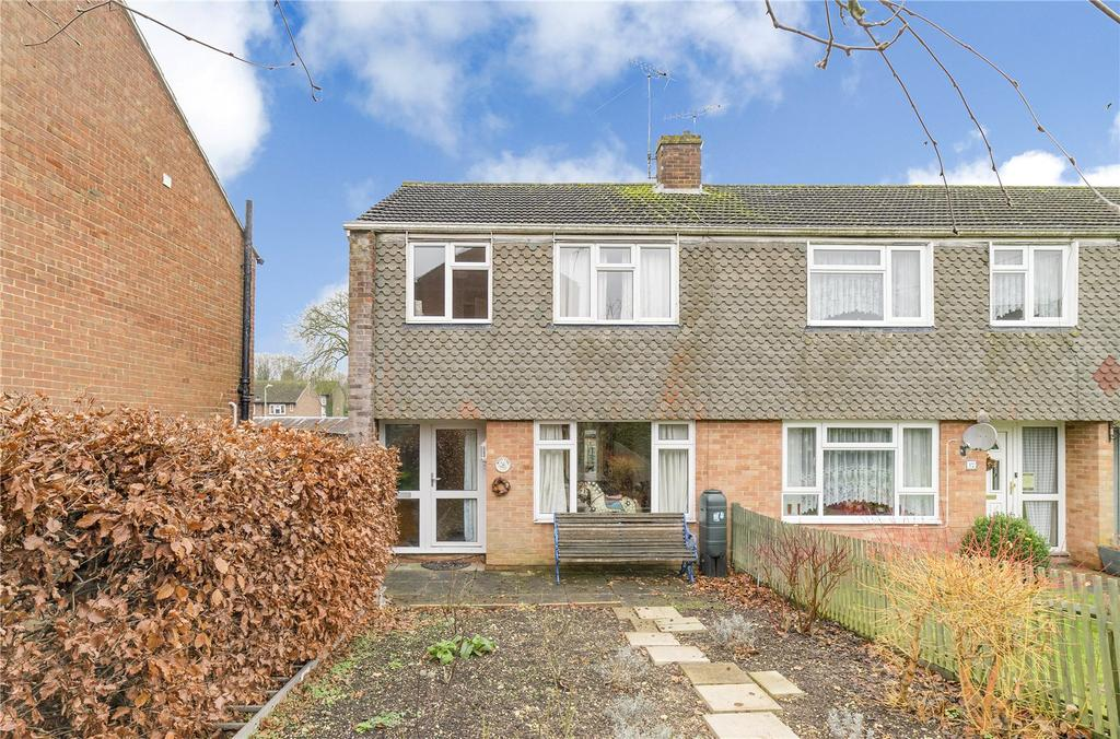 3 Bedrooms End Of Terrace House for sale in Baverstocks, Alton
