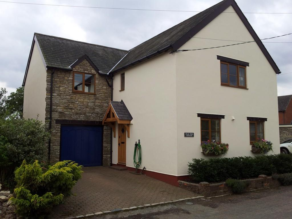 4 Bedrooms Detached House for rent in Crowfield