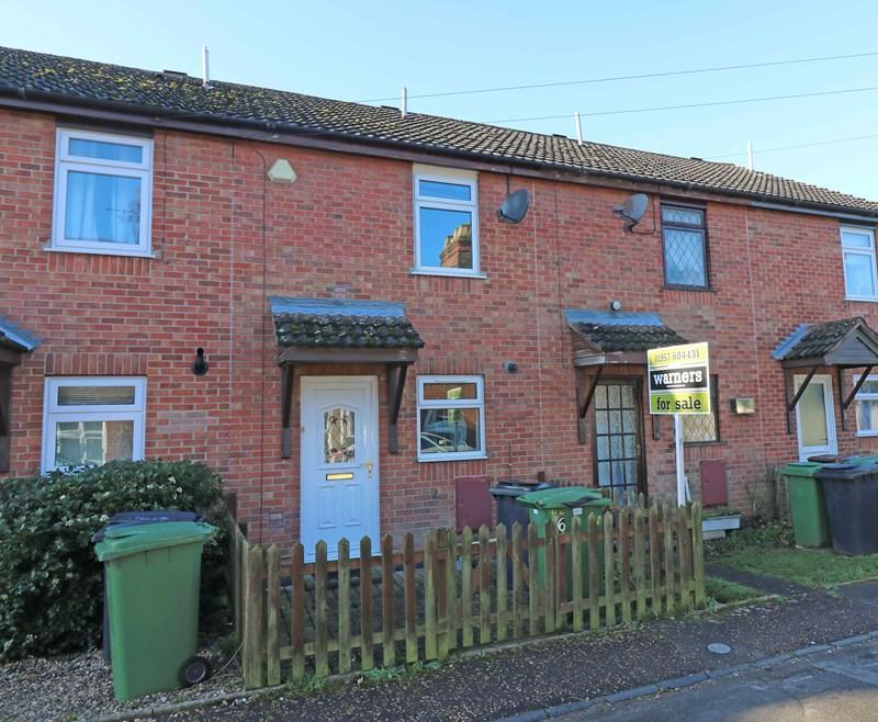 2 Bedrooms Terraced House for sale in Kimberley Street, Wymondham