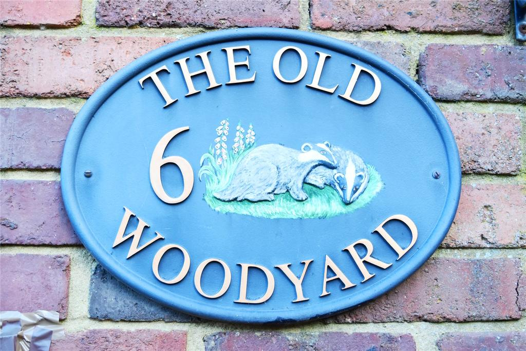 3 Bedrooms End Of Terrace House for sale in The Old Woodyard, Wingfield Road